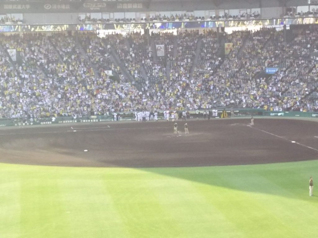 サヨナラ勝ち直後の阪神ナイン