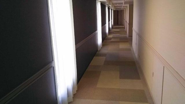 ラグナガーデンホテルの廊下