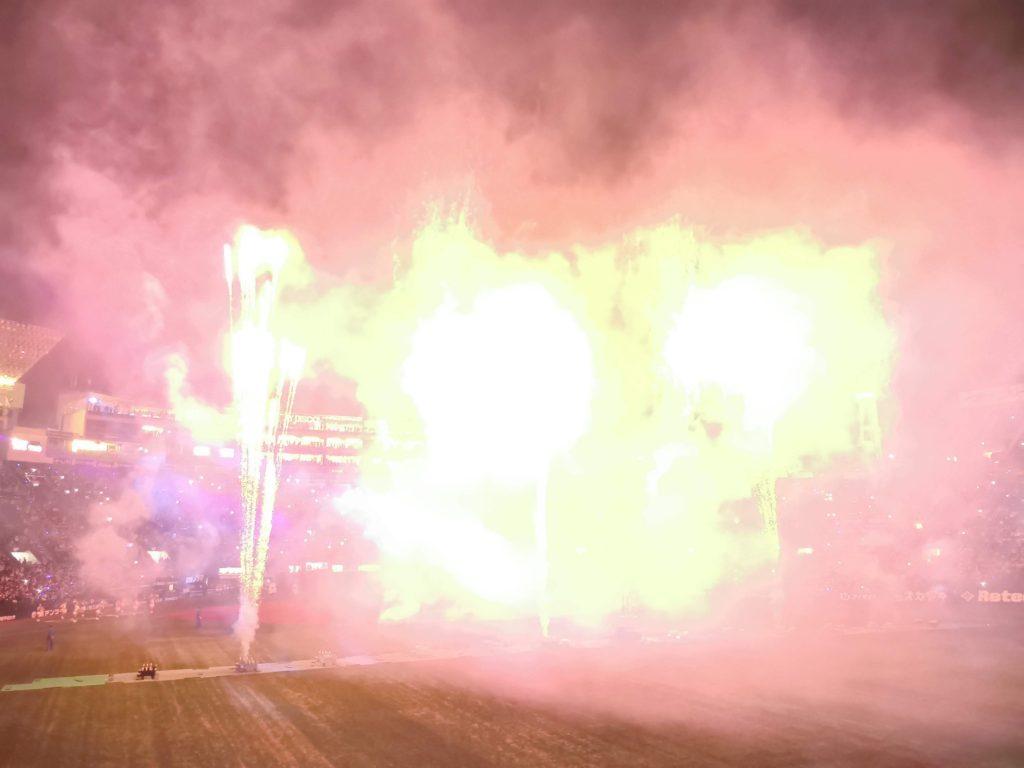 ビクトリーセレブレーションの花火。祝サヨナラ勝ち!