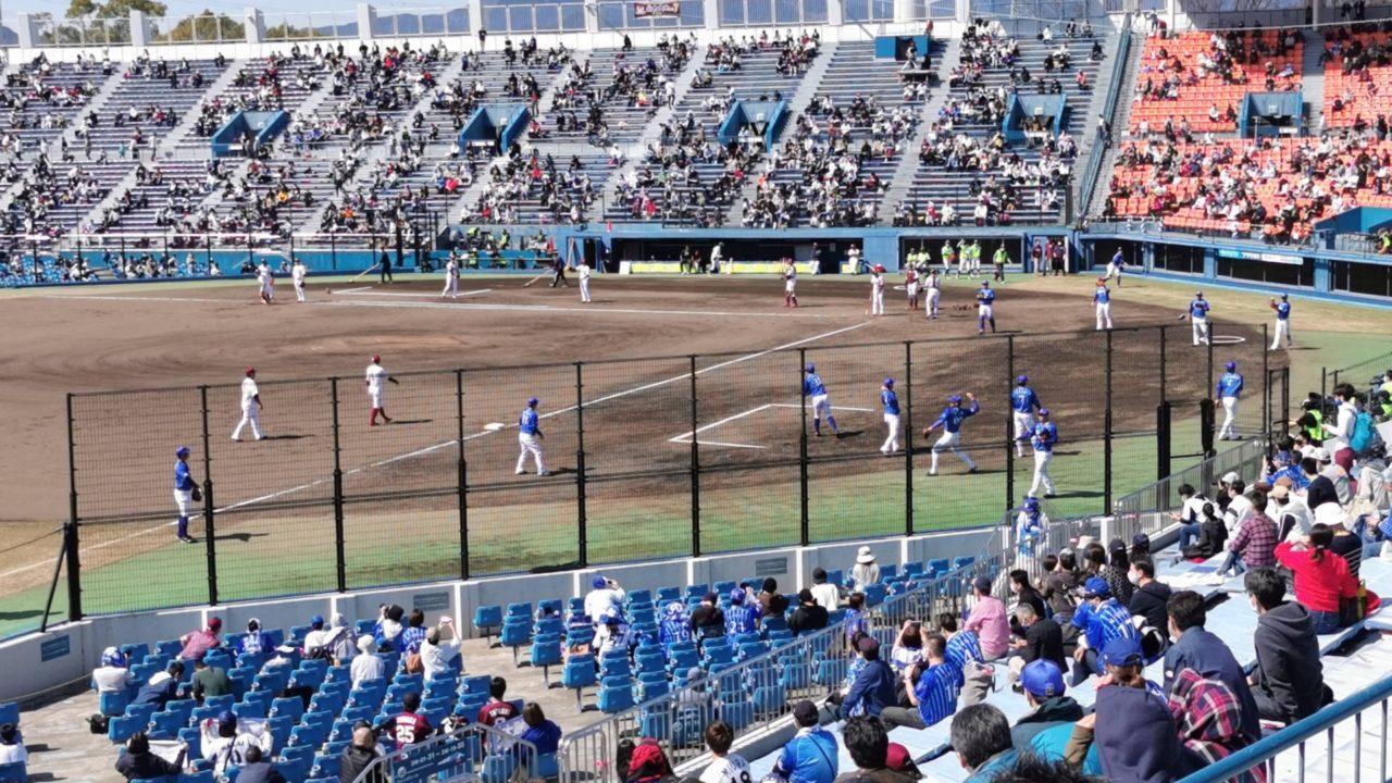 地方球場にしては広い球場です
